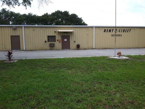 Rent A Closet 3900 69th Avenue North Pinellas Park, FL - Photo 1