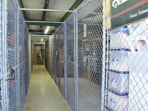 Rent A Closet 3900 69th Avenue North Pinellas Park, FL - Photo 3