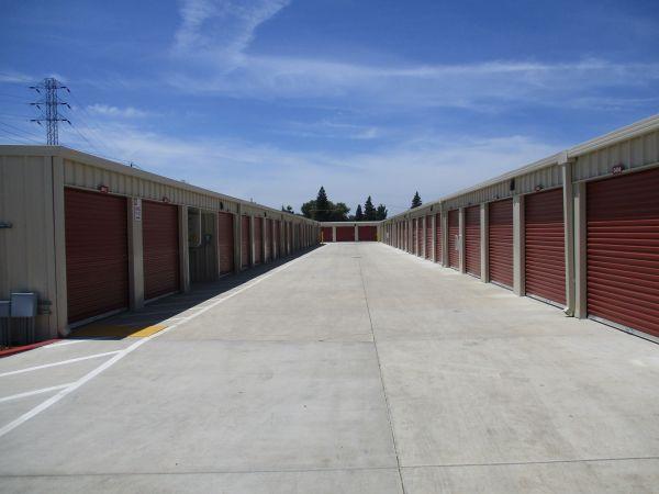 Pioneer Self Storage II 1425 Cannery Road Woodland, CA - Photo 1