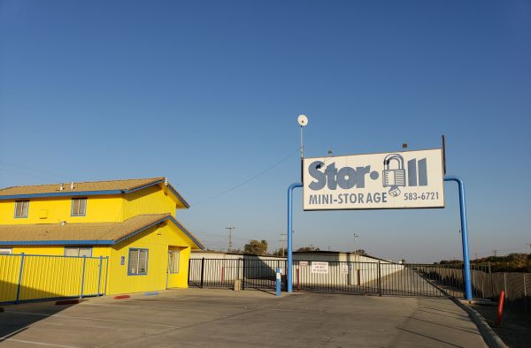 Stor All 101 8 3/4 Avenue Hanford, CA - Photo 0