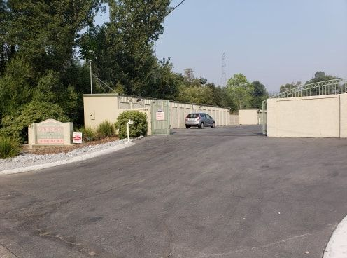 Placer Self Storage 9488 Placer Road Redding, CA - Photo 2