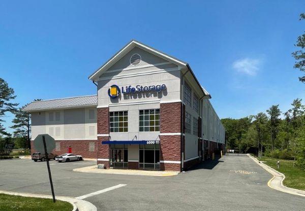 Life Storage - Midlothian - 6500 Branch Point Drive 6500 Branch Point Drive Midlothian, VA - Photo 4