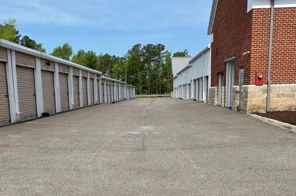 Life Storage - Midlothian - 14421 Midlothian Turnpike 14421 Midlothian Turnpike Midlothian, VA - Photo 1