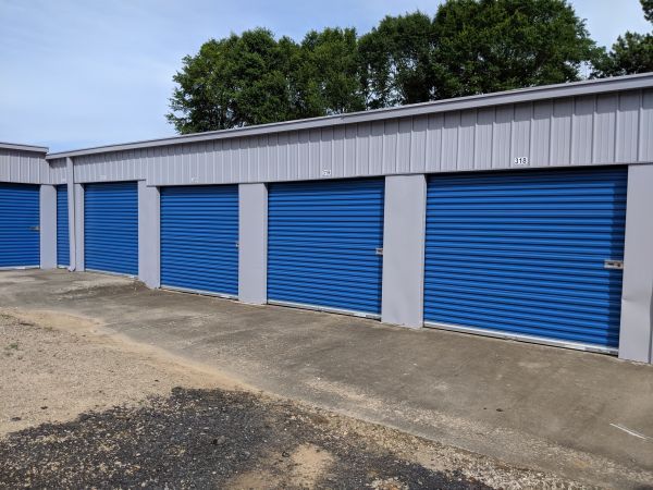 Byrd's Mini Storage - Airport Dr 879 Airport Drive Southwest Gainesville, GA - Photo 1