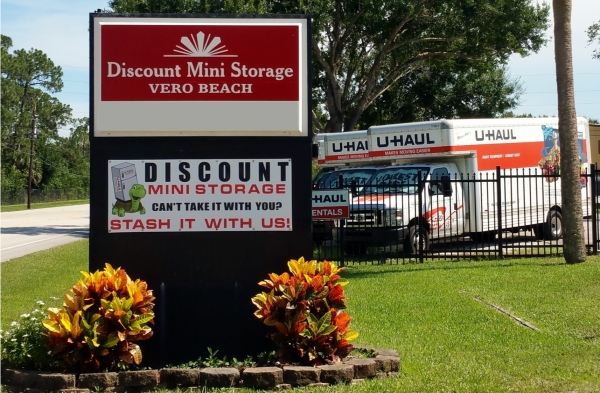 Discount Mini Storage Vero Beach 1803 90th Avenue Vero Beach, FL - Photo 0