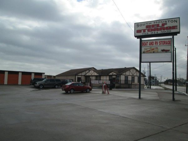 South Houston Self Storage 701 South Allen-Genoa Road South Houston, TX - Photo 0
