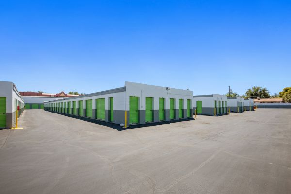 US Storage Centers – Las Vegas – Boulder 4180 Boulder Highway Las Vegas, NV - Photo 1