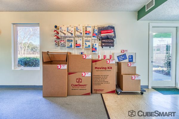 CubeSmart Self Storage - Norfolk - 6137 Miller Store Rd 6137 Miller Store Road Norfolk, VA - Photo 7