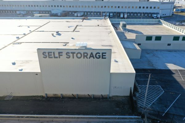 LockBox Storage - Midtown - 72nd and Dodge 301 South 74th Street Omaha, NE - Photo 10
