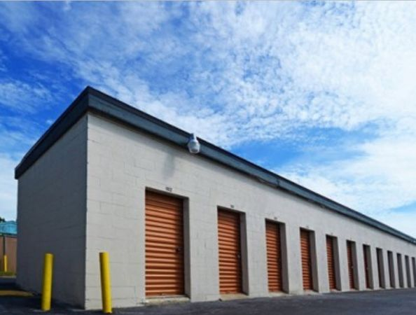 Storage Zone - Self Storage & Business Center - Dunn Ave. 1435 Dunn Avenue Jacksonville, FL - Photo 1