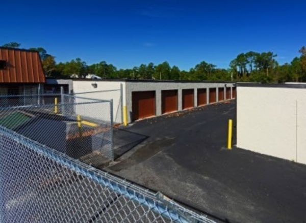 Storage Zone - Self Storage & Business Center - Dunn Ave. 1435 Dunn Avenue Jacksonville, FL - Photo 3