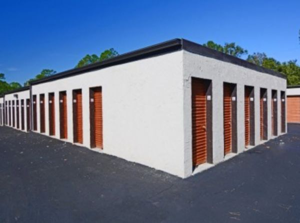 Storage Zone - Self Storage & Business Center - Dunn Ave. 1435 Dunn Avenue Jacksonville, FL - Photo 4