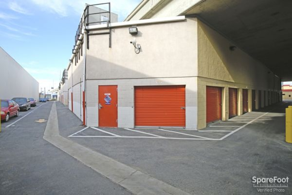 Fort Self Storage 1651 S Central Ave Los Angeles, CA - Photo 5