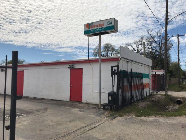 UStorage USA 215 East Hamilton Street Houston, TX - Photo 0
