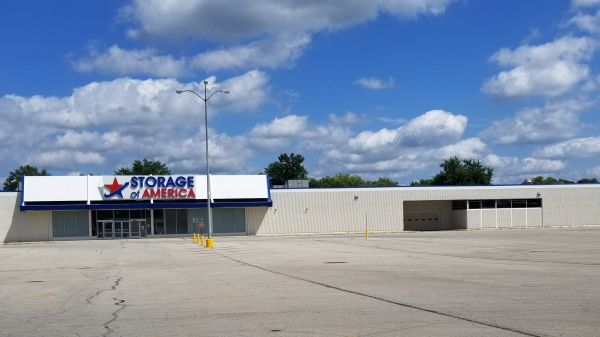 Storage of America - Broadway 2828 Broadway Street Anderson, IN - Photo 4