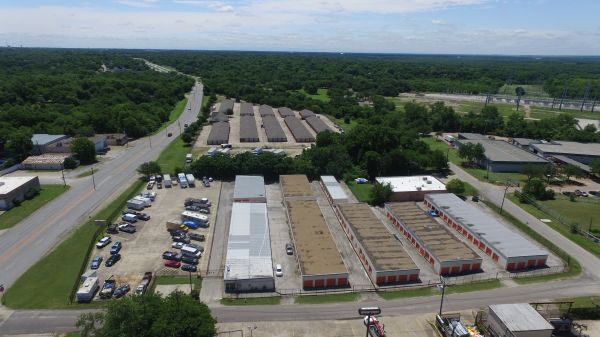 Absolute Self Storage 5656 Military Parkway Dallas, TX - Photo 2