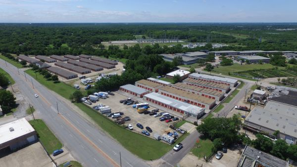 Absolute Self Storage 5656 Military Parkway Dallas, TX - Photo 1