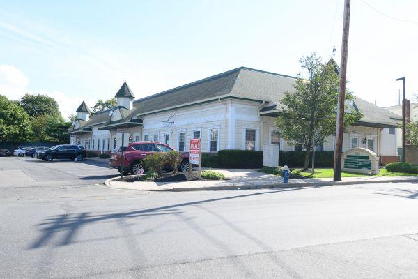 222 Rockaway Turnpike 222 Rockaway Turnpike Cedarhurst, NY - Photo 0
