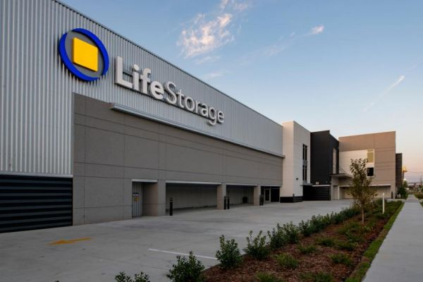 Life Storage - Metairie - 2500 Airline Drive 2500 Airline Drive Metairie, LA - Photo 2