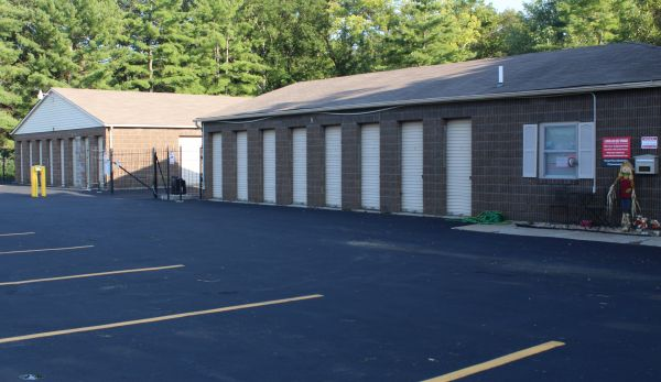 A Shur-Lock Self Storage - Lake St. Louis 11120 Veterans Memorial Pkwy Lake St. Louis, MO - Photo 2