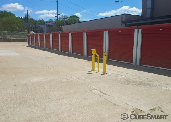 CubeSmart Self Storage - Newport - 78 E. 11th St. 78 East 11th Street Newport, KY - Photo 3