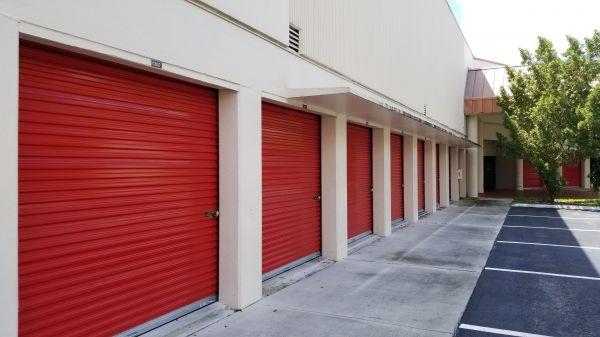 Snapbox Self Stoage - Pembroke Pines 8321 Pines Boulevard Pembroke Pines, FL - Photo 4