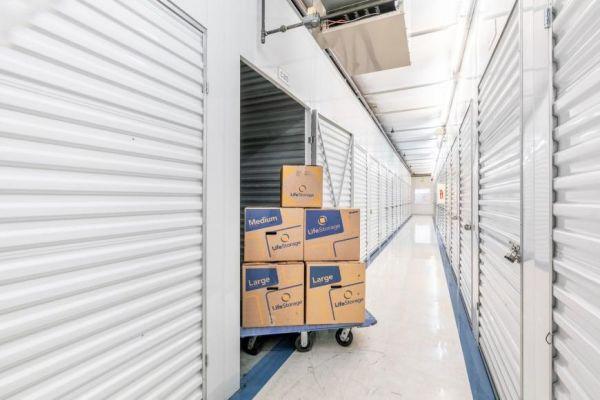 Life Storage - Seattle - 2850 Southwest Yancy Street 2850 Southwest Yancy Street Seattle, WA - Photo 1