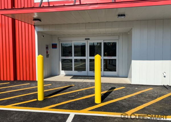 CubeSmart Self Storage - Hillside 591 North Union Avenue Hillside, NJ - Photo 4