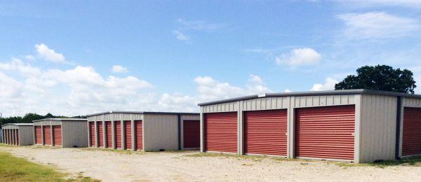 Wellborn Self Storage 5210 Straub Road College Station, TX - Photo 0