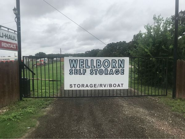 Wellborn Self Storage 5210 Straub Road College Station, TX - Photo 4