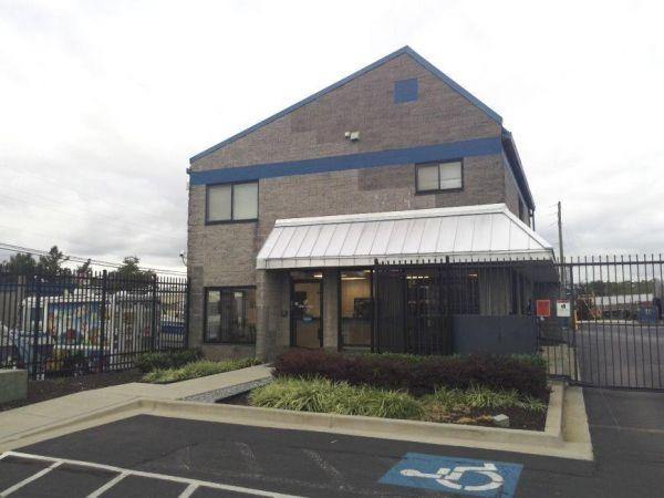 Life Storage - Baltimore - 3800 Pulaski Highway 3800 Pulaski Highway Baltimore, MD - Photo 3