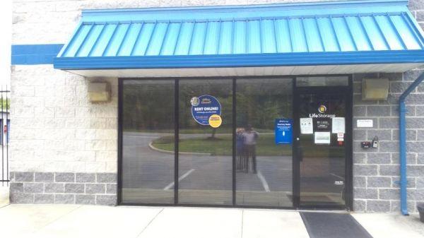 Life Storage - Jessup - 8255 Washington Boulevard 8255 Washington Boulevard Jessup, MD - Photo 5