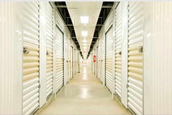 Prime Storage - Bohemia - Lincoln Avenue 868 Lincoln Avenue Bohemia, NY - Photo 0