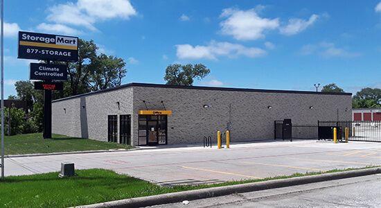 StorageMart - Glenstone Ave and E Kearney St