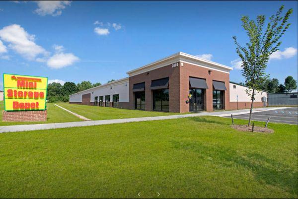 Mini Storage Depot - Greenwood 7407 Greenwood Road Louisville, KY - Photo 0
