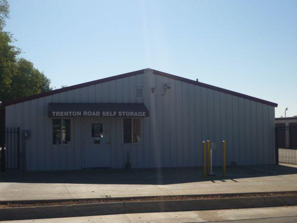 Trenton Road Self Storage 3865 Trenton Rd Clarksville, TN - Photo 0