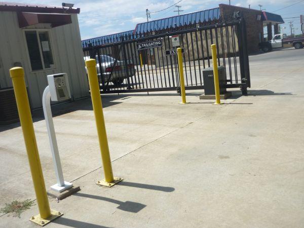 Trenton Road Self Storage 3865 Trenton Rd Clarksville, TN - Photo 5
