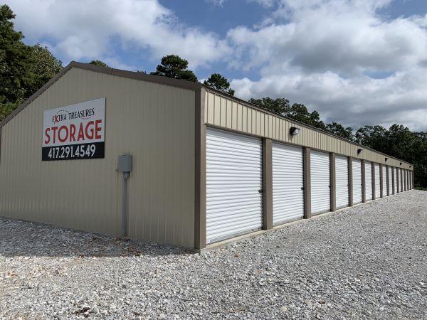 Extra Treasures Storage 6041 Gateway Drive Joplin, MO - Photo 1