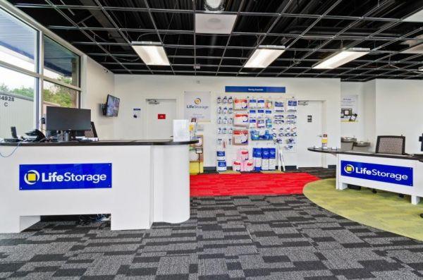 Life Storage - Orlando - 14916 Old Cheney Highway 14916 Old Cheney Highway Orlando, FL - Photo 5