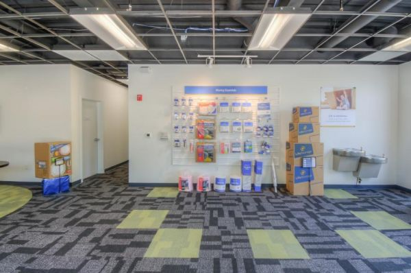 Life Storage - Oviedo - 3364 West State Road 426 3364 West State Road 426 Oviedo, FL - Photo 4