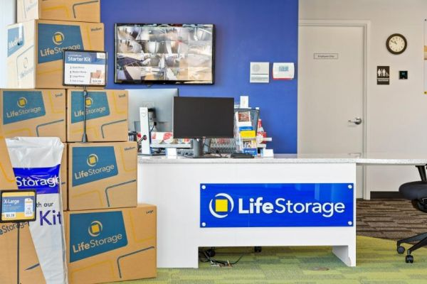 Life Storage - East Hanover - 188 New Jersey 10 188 New Jersey 10 East Hanover, NJ - Photo 7