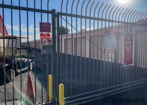 CubeSmart Self Storage - Phoenix - 2019 W. Glendale Ave. 2019 West Glendale Avenue Phoenix, AZ - Photo 3