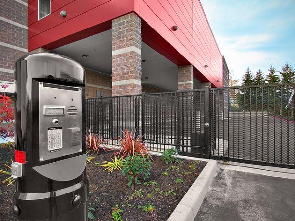 Premier Storage Hillsboro 2001 NE Aloclek Drive Hillsboro, OR - Photo 7