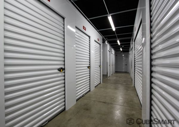 CubeSmart Self Storage - Apple Valley 14570 Johnny Cake Ridge Road Apple Valley, MN - Photo 5