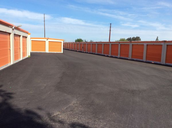 Secure Space Self Storage of Ceres 5024-5030 Rohde Road Ceres, CA - Photo 4