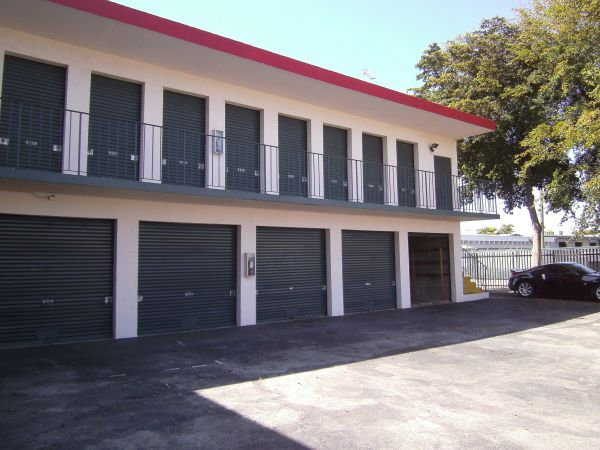 Access Self Storage of Davie 7000 Southwest 22Nd Court Davie, FL - Photo 2