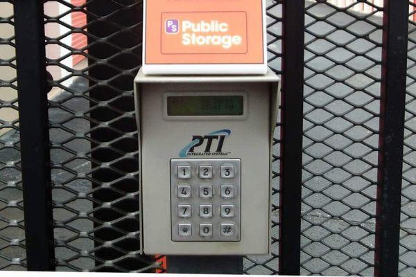 Public Storage - Bradenton - 920 Cortez Road W 920 Cortez Road W Bradenton, FL - Photo 4