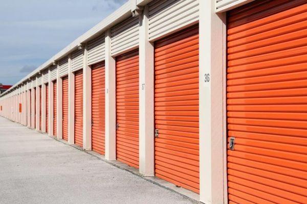Public Storage - Jacksonville - 979 Lane Ave, South 979 Lane Ave, South Jacksonville, FL - Photo 1