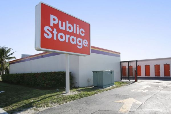 Public Storage - Ft Lauderdale - 5850 NW 9th Ave 5850 NW 9th Ave Ft Lauderdale, FL - Photo 0