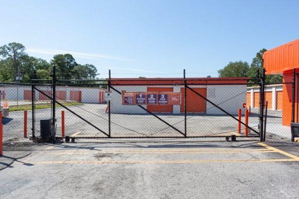 Public Storage - Jacksonville - 5757 University Blvd W 5757 University Blvd W Jacksonville, FL - Photo 3
